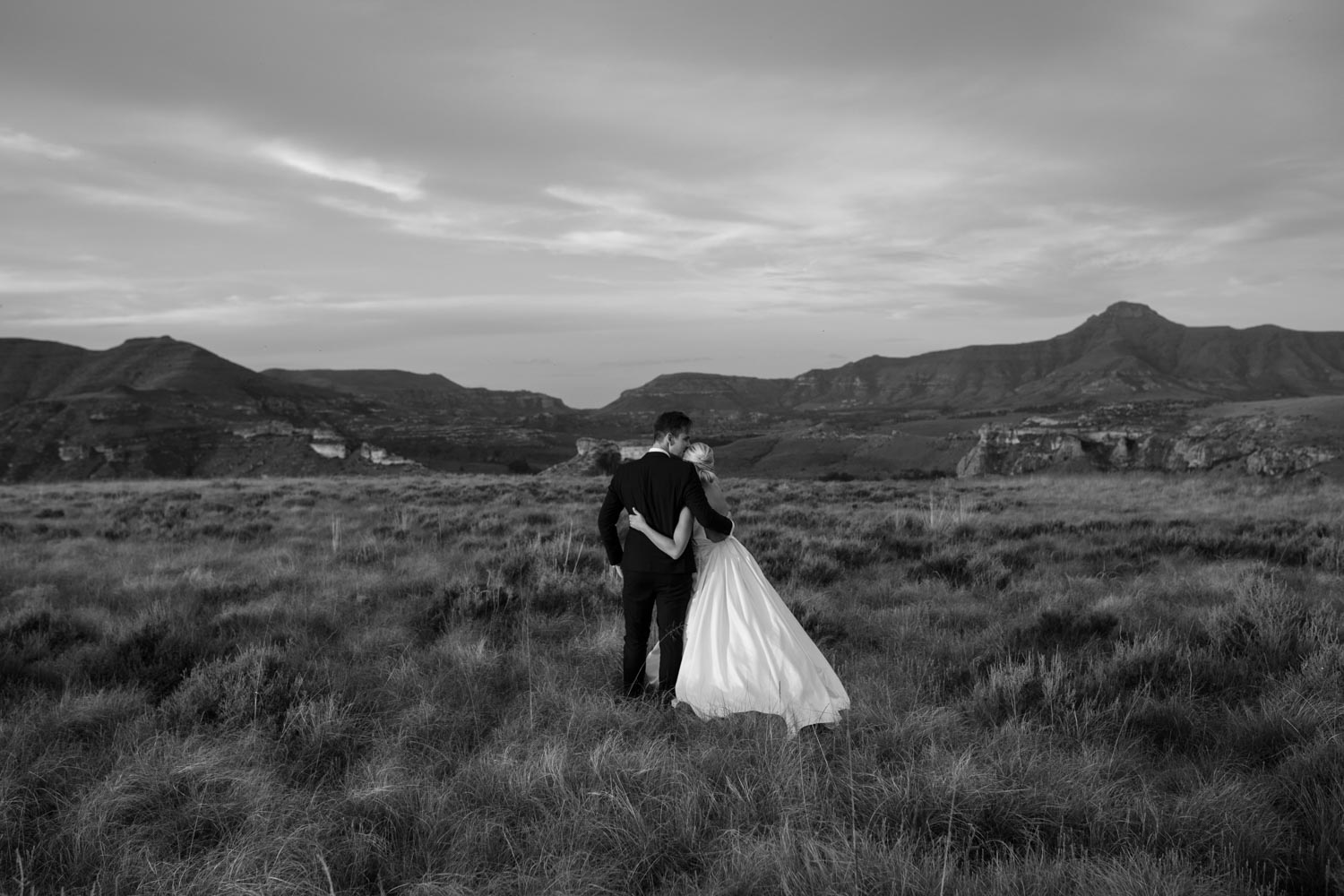 Epic Black And White Photo Bride And Groom In Field In Clarens Mountains Golden Gate National Park