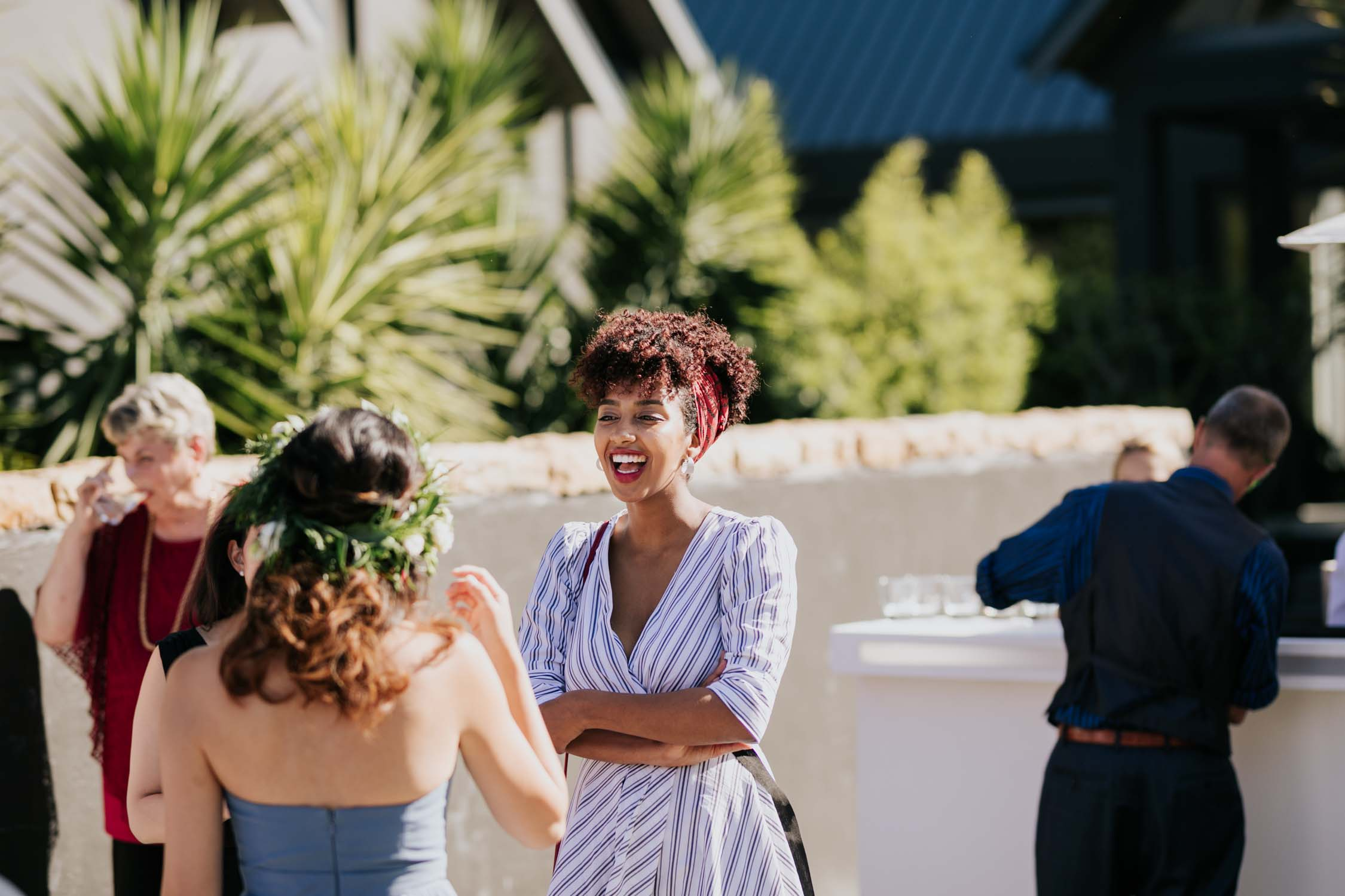 Natural Wedding Photos Of Guests Laughing At Cape Town Wedding