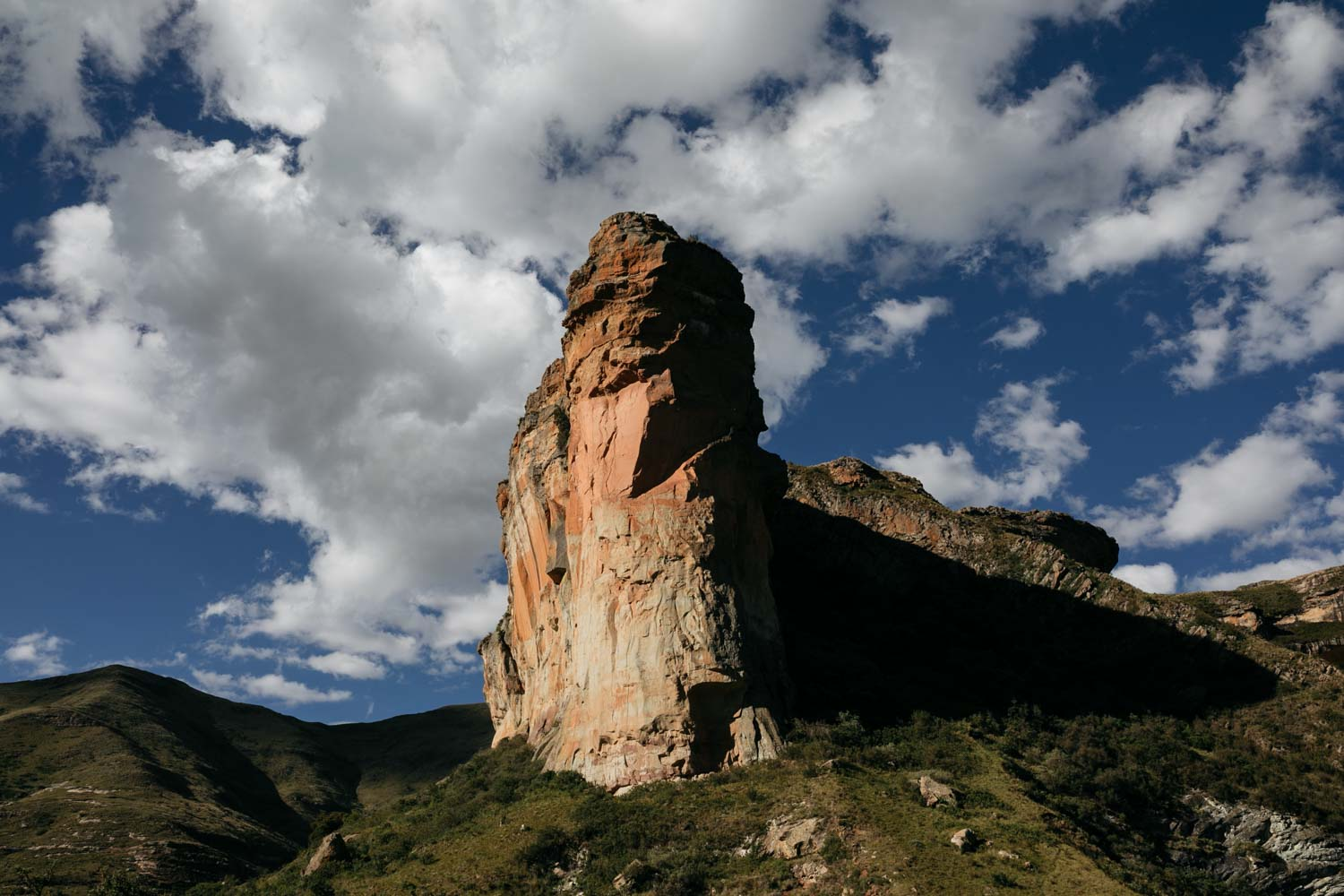 Epic Nature And Mountains In Golden Gate National Park Near Clarens