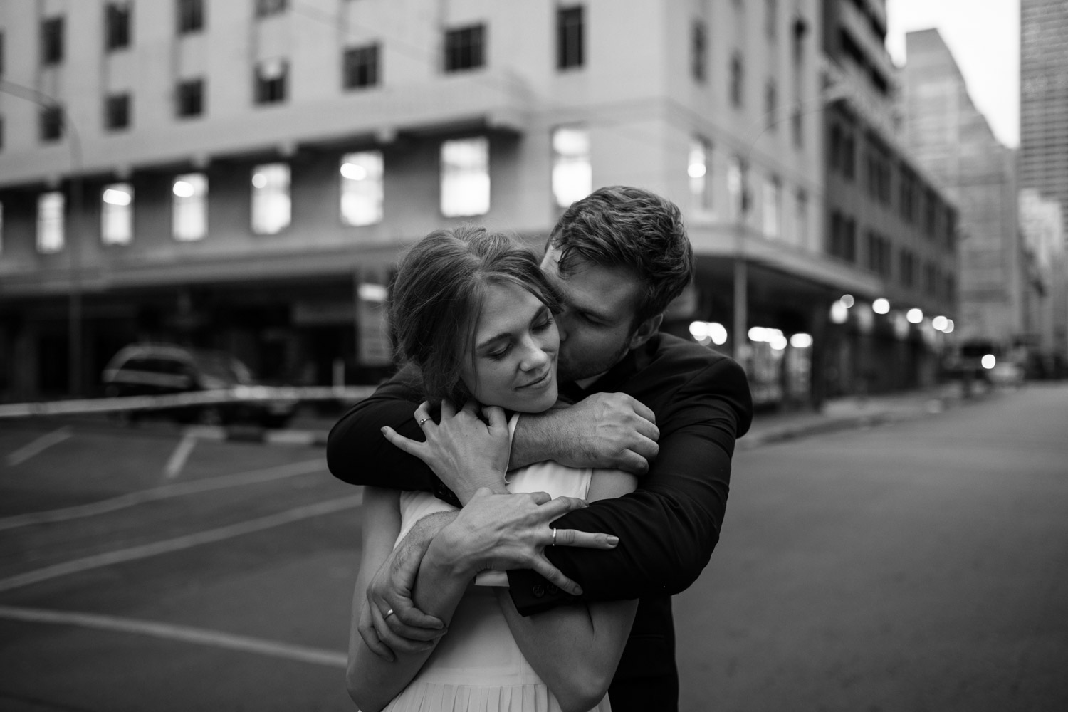 Ideas For Wedding Photography Poses In City