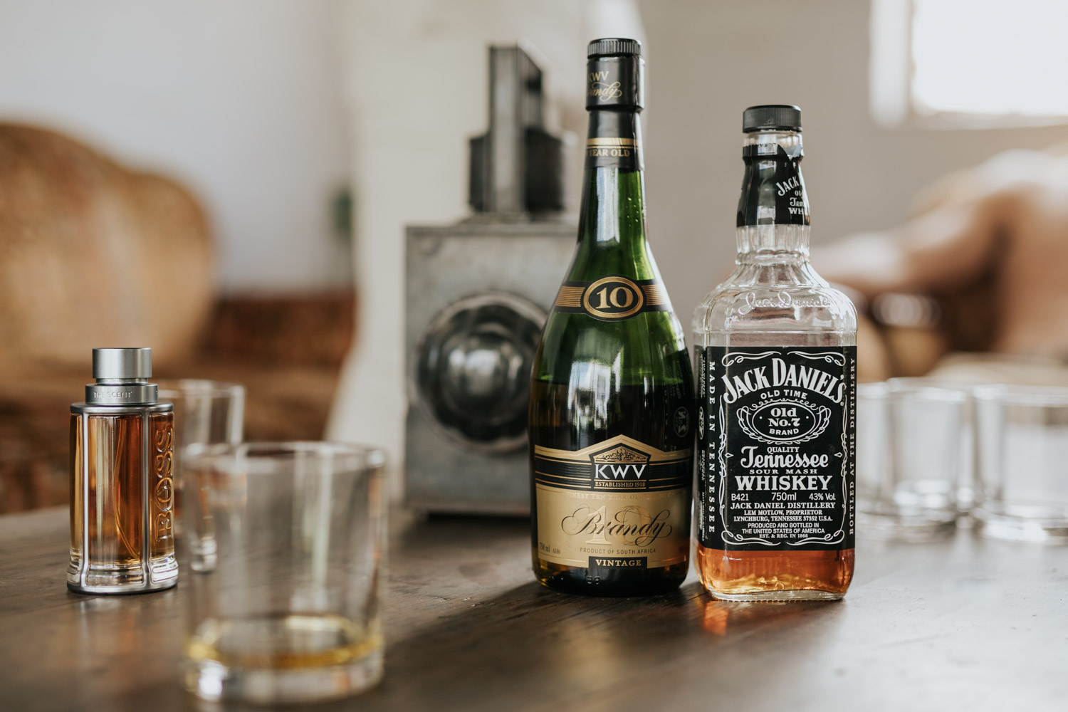 Whiskey Ideas For Groom And Groomsmen Getting Ready Wedding Photos