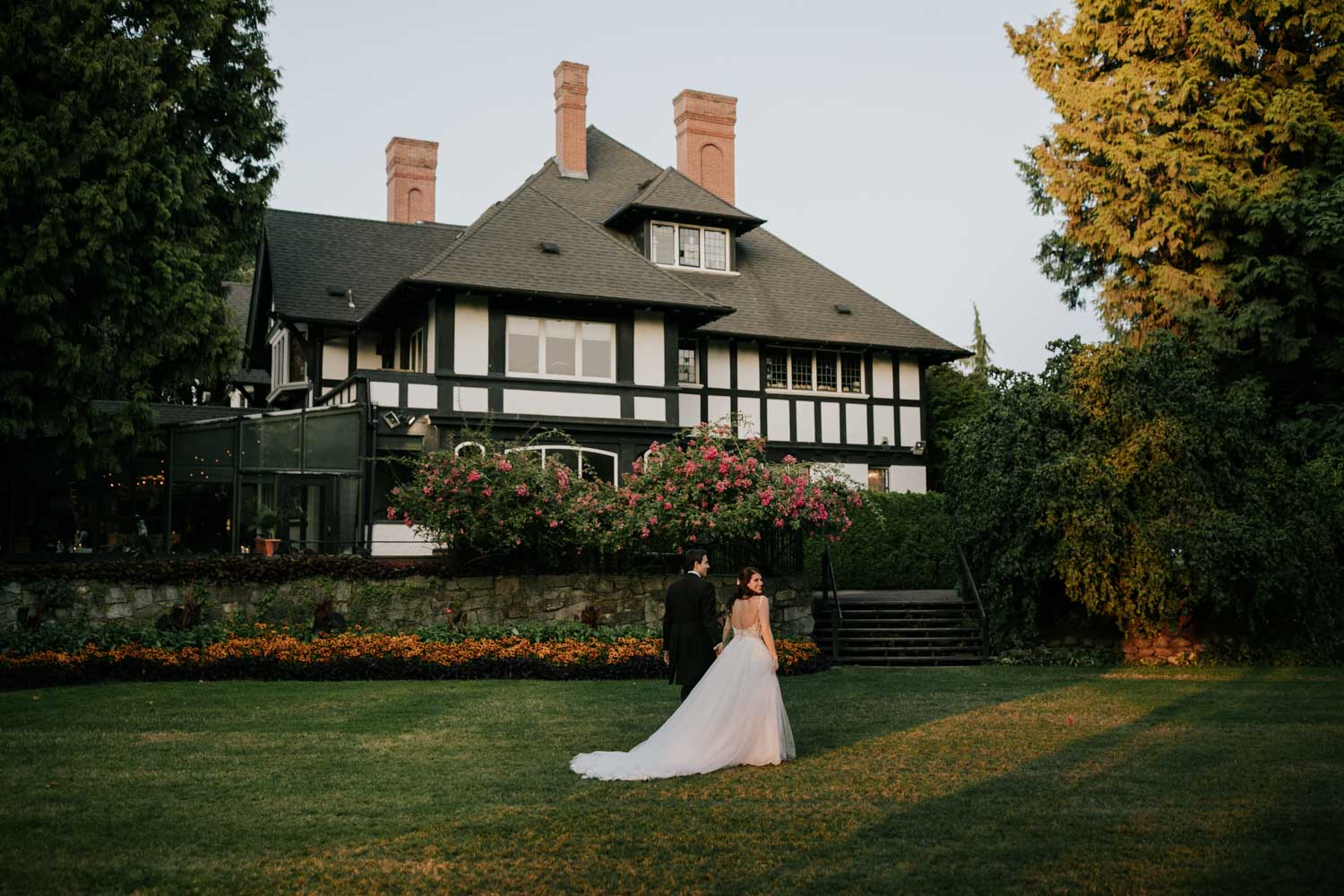 Best Brock House Wedding Photos by Page and Holmes Vancouver Wedding Photographer