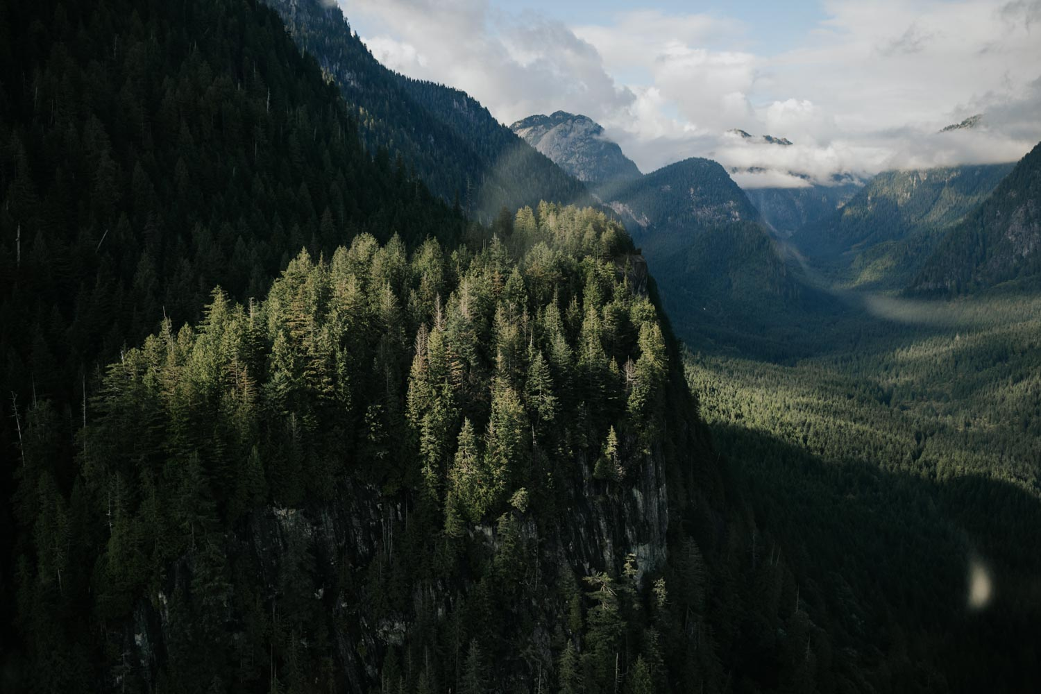 Incredible views over forest and mountains in BC with SKY Helicopters