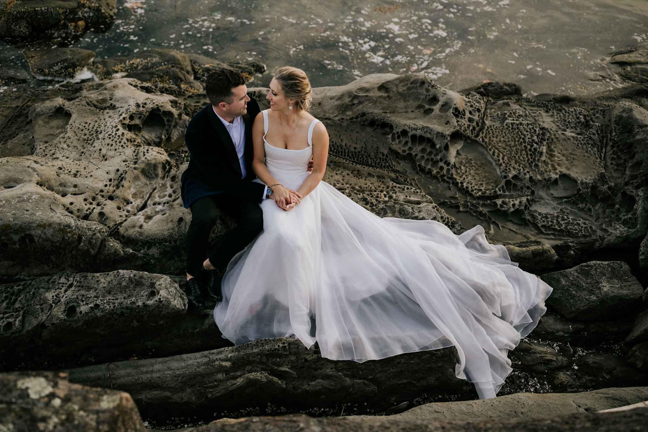 Best Vancouver Island Wedding Photographer captures intimate beach wedding on Vancouver Island at beautiful venue and location with sea and mountain views