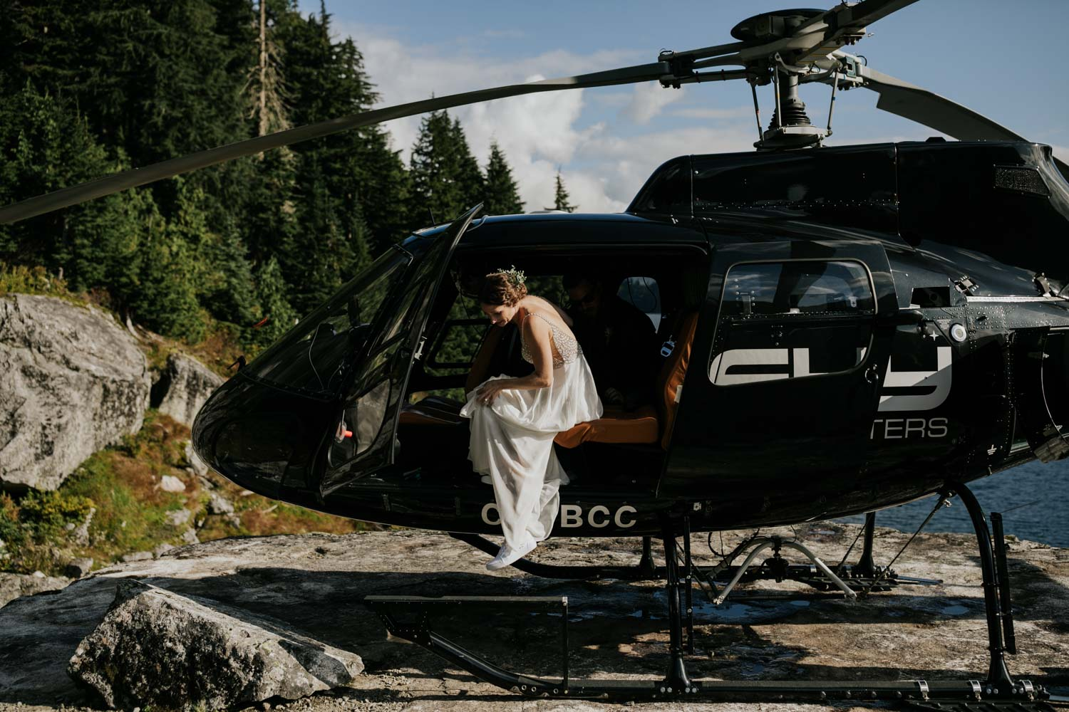 Sky helicopter elopement location in Vancouver near Pitt Meadows