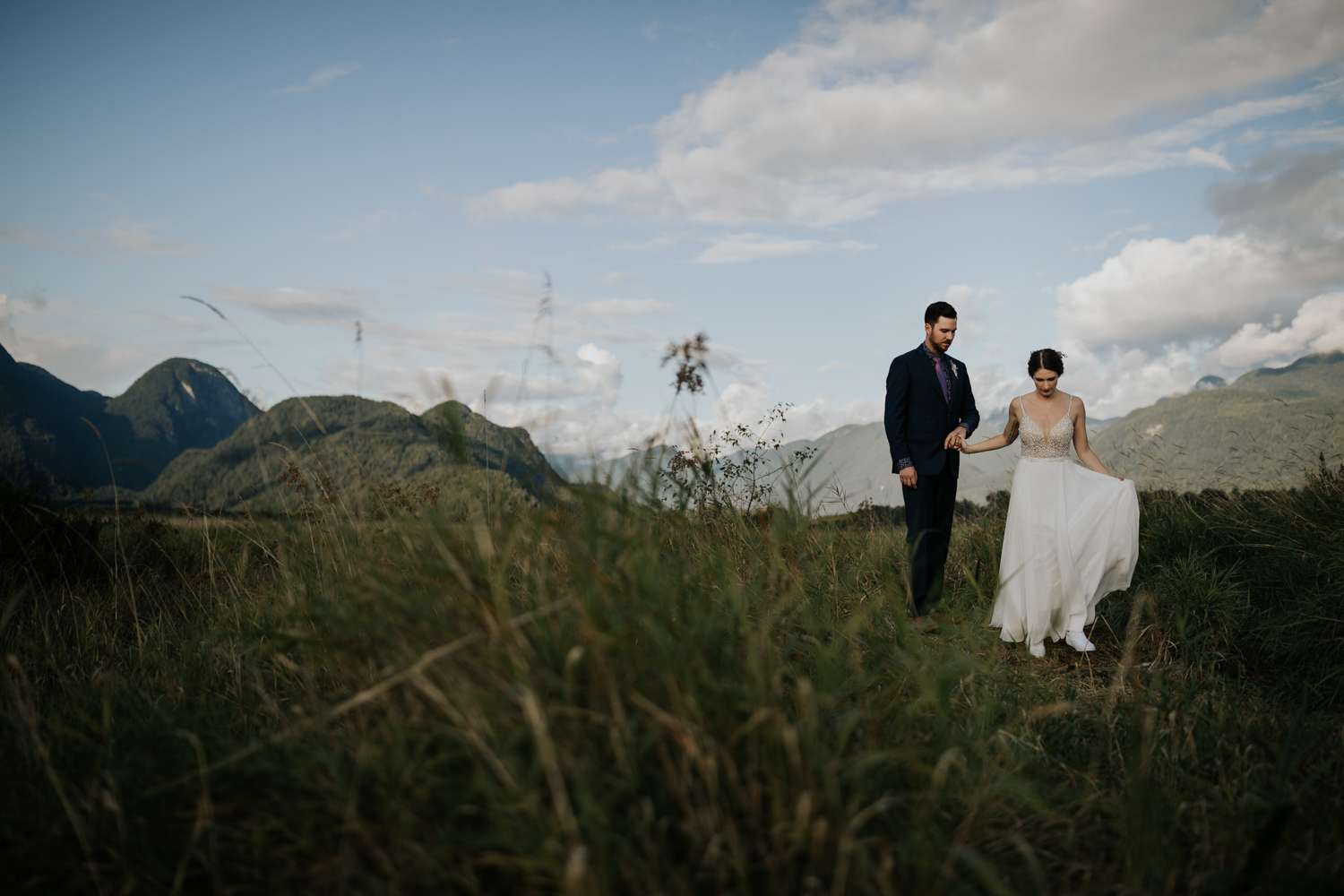 Most beautiful places for elopement in Vancouver BC in the mountains