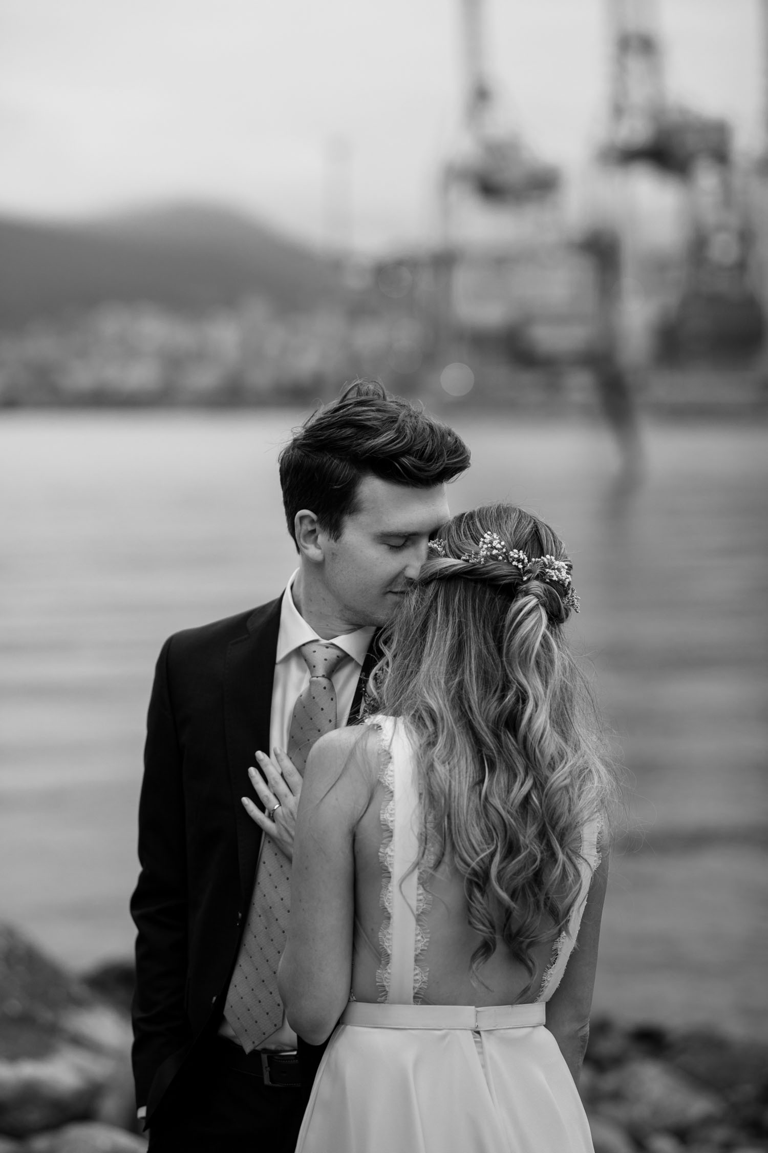 Crab Park, Vancouver BC Wedding Couple Photo Session on the beach during golden hour