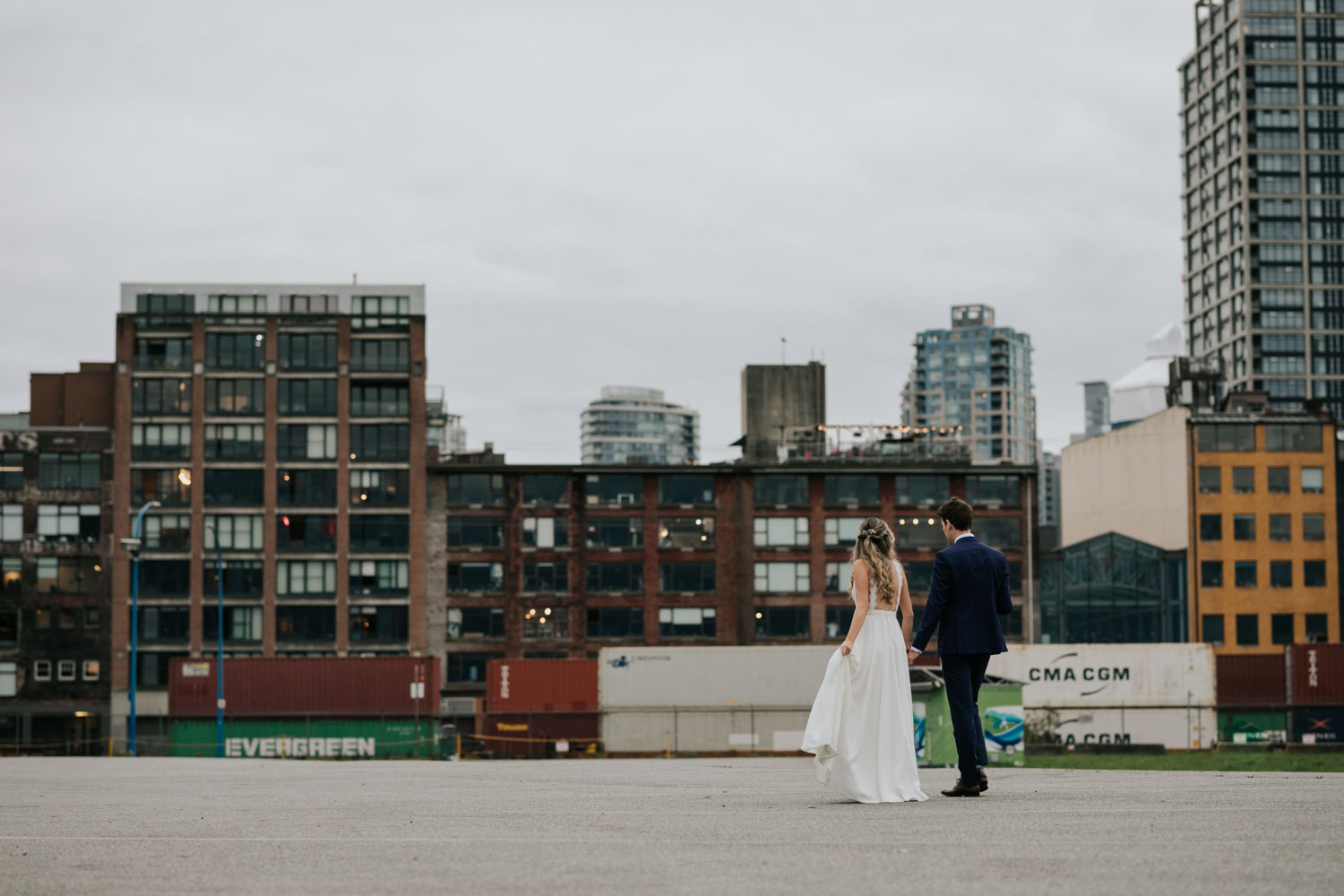 Wedding couple photoshoot in downtown Vancouver