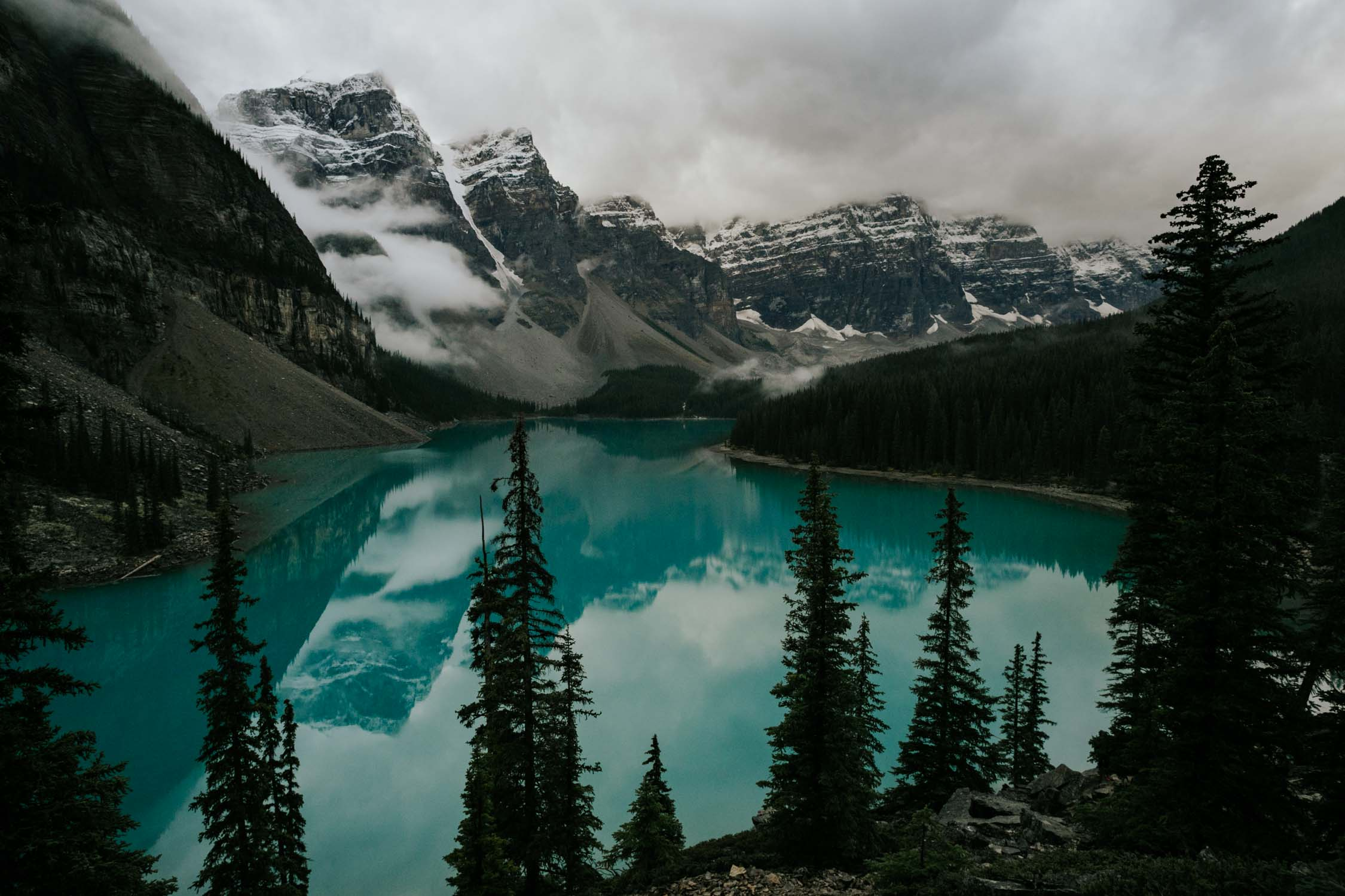 Moraine Lake Elopement Banff
